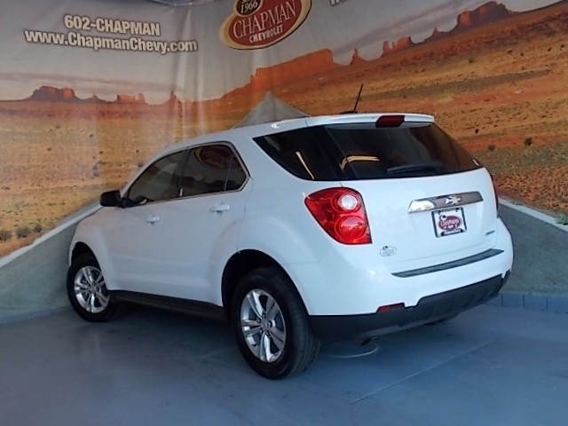 used 2015 chevrolet equinox ls stock 161552a chapman. Black Bedroom Furniture Sets. Home Design Ideas