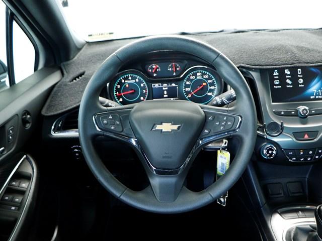 2017 Chevrolet Cruze LT Manual – Stock #201148A