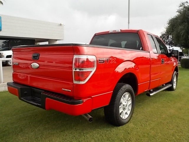 used 2011 ford f 150 stx extended cab stock d7390a chapman automotive group. Black Bedroom Furniture Sets. Home Design Ideas