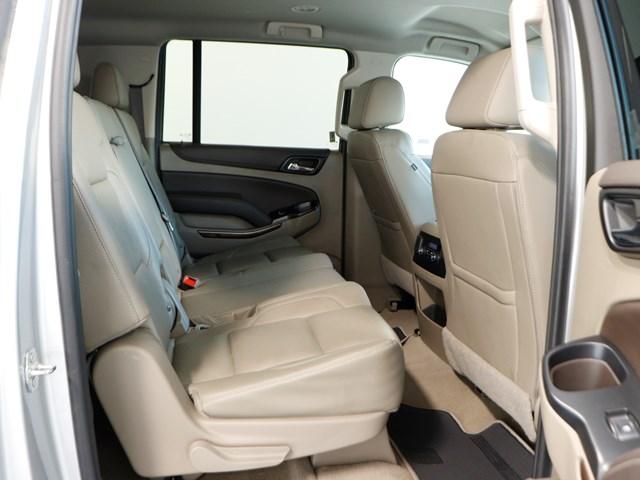 2019 Chevrolet Suburban LT 1500 – Stock #Z4983