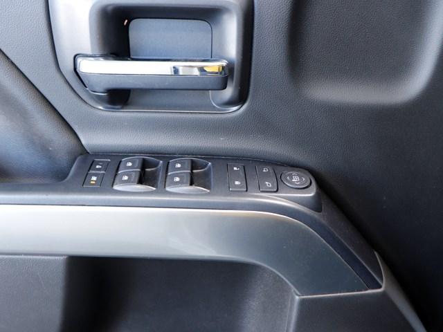 2017 Chevrolet Silverado 1500 LT Crew Cab – Stock #Z5198