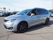 2020 Chrysler Pacifica Touring Stock#:C20017