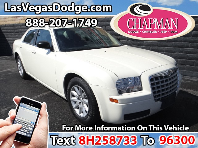2008 Chrysler 300 LX Details