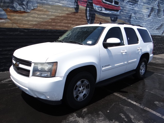 used 2007 chevrolet tahoe ls stock 238207a chapman automotive group. Black Bedroom Furniture Sets. Home Design Ideas
