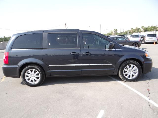 2013 chrysler town and country service manual