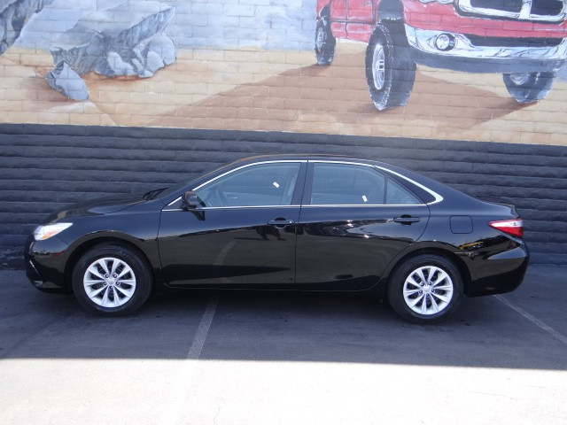 used 2015 toyota camry le stock c5262xa chapman automotive group. Black Bedroom Furniture Sets. Home Design Ideas