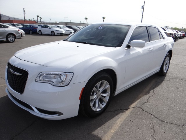 used 2015 chrysler 300 limited stock c5327x chapman. Black Bedroom Furniture Sets. Home Design Ideas