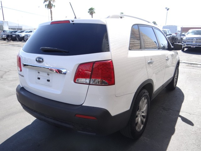 used 2011 kia sorento lx stock c5354a chapman automotive group. Black Bedroom Furniture Sets. Home Design Ideas