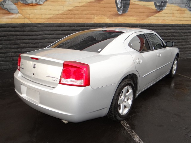 used 2010 dodge charger sxt for sale stock d5794a chapman chrysler jeep. Black Bedroom Furniture Sets. Home Design Ideas