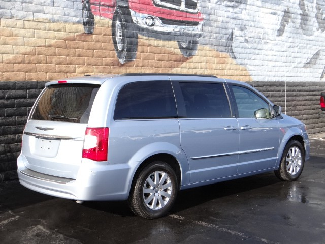 2013 chrysler town and country touring in las vegas stock j5698a chapman las vegas dodge. Black Bedroom Furniture Sets. Home Design Ideas