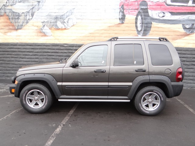 used 2005 jeep liberty renegade stock j5920a chapman. Black Bedroom Furniture Sets. Home Design Ideas