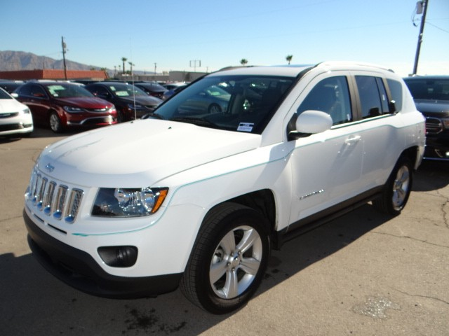 used 2015 jeep compass latitude stock l5444 chapman. Black Bedroom Furniture Sets. Home Design Ideas