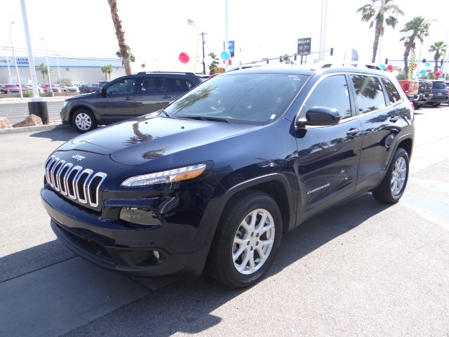 used 2016 jeep cherokee latitude stock l6159 chapman automotive group. Black Bedroom Furniture Sets. Home Design Ideas