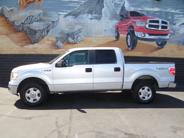 used 2012 ford f 150 xlt crew cab stock t3044a chapman automotive group. Black Bedroom Furniture Sets. Home Design Ideas