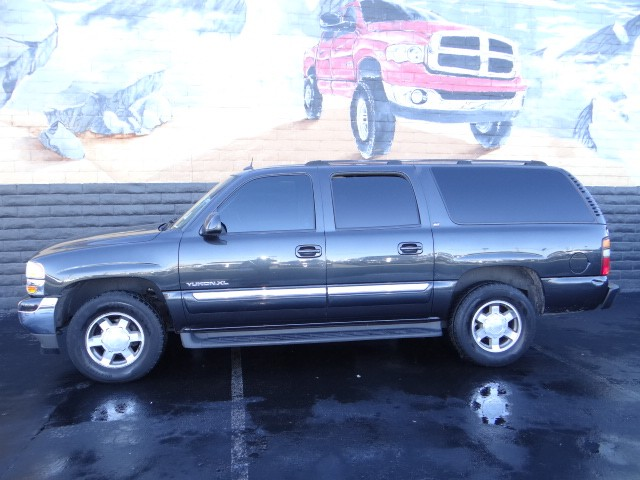 used 2005 gmc yukon xl 1500 slt stock t3137a chapman automotive group. Black Bedroom Furniture Sets. Home Design Ideas