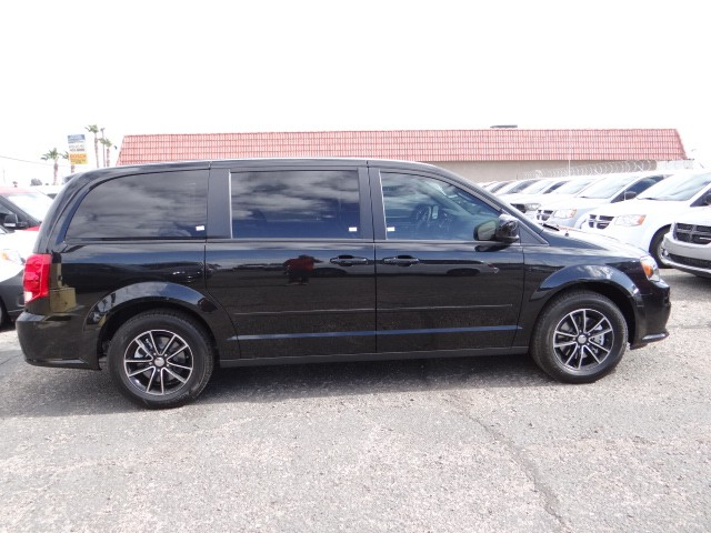 2016 dodge grand caravan sxt plus d6257 chapman las vegas. Black Bedroom Furniture Sets. Home Design Ideas