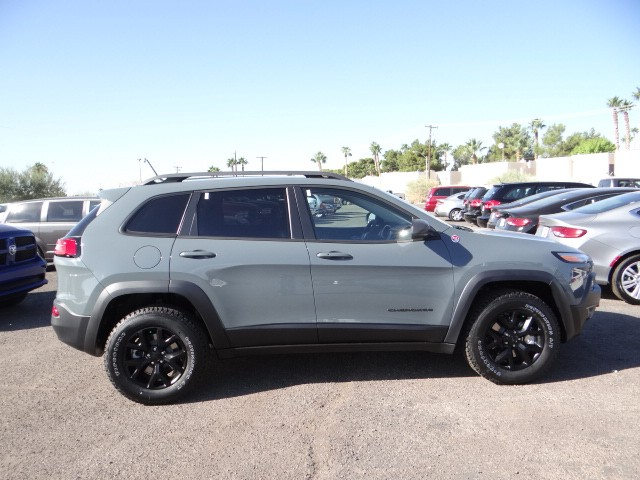 2015 jeep cherokee trailhawk anvil autos post. Black Bedroom Furniture Sets. Home Design Ideas