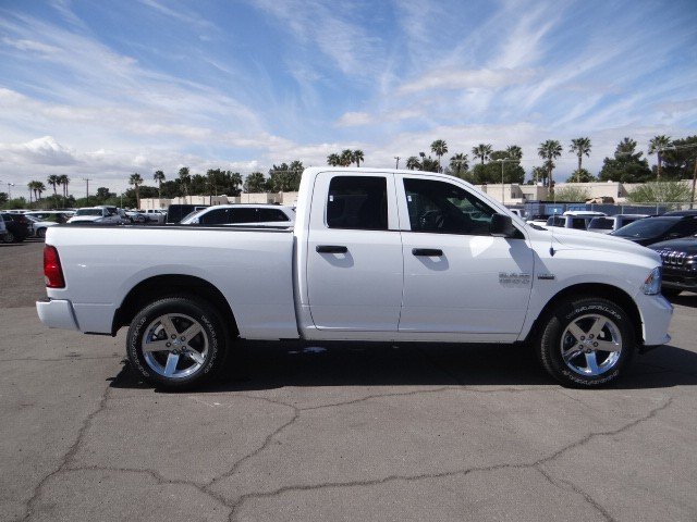 2016 ram 1500 quad cab express r6341 chapman las vegas. Black Bedroom Furniture Sets. Home Design Ideas