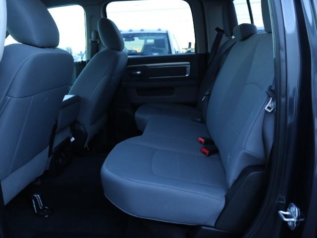 2017 Ram 1500 SLT Crew Cab