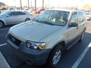 2005 Ford Escape 3.0L XLT 4WD Stock#:3H2177A