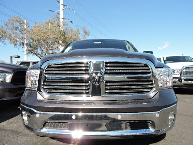 2015 ram 1500 crew cab big horn in phoenix arizona 480 424 3559 stock 5d8404 chapman. Black Bedroom Furniture Sets. Home Design Ideas