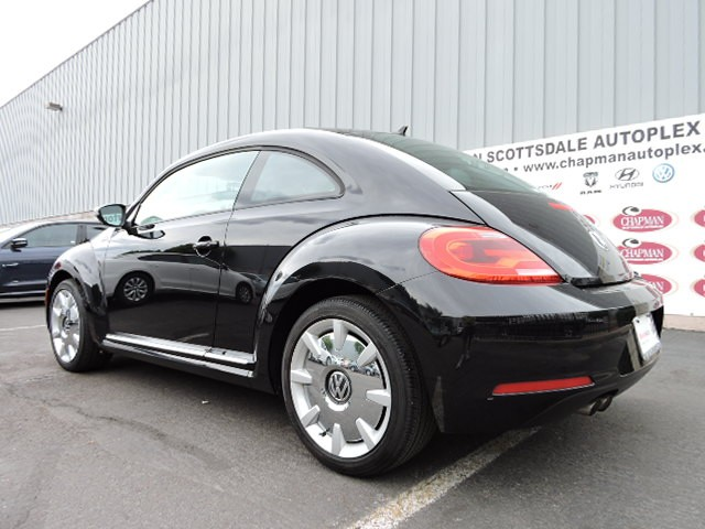 used 2013 volkswagen beetle 2 5l fender edition stock. Black Bedroom Furniture Sets. Home Design Ideas