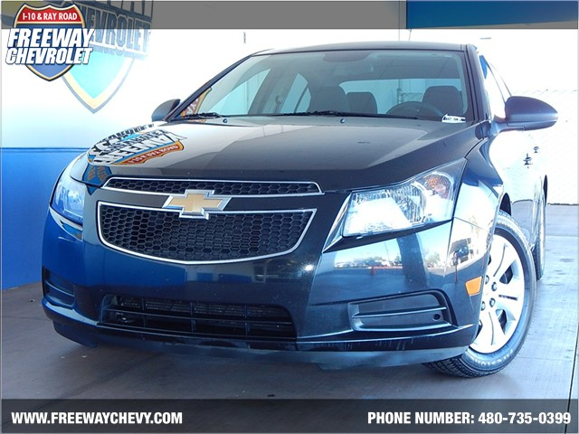 used 2014 chevrolet cruze ls stock 150613a chapman automotive group. Black Bedroom Furniture Sets. Home Design Ideas