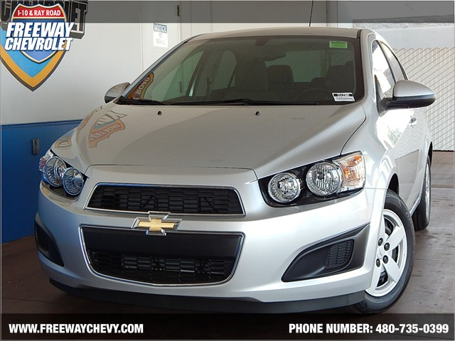 used 2015 chevrolet sonic ls stock 151330a chapman automotive group. Black Bedroom Furniture Sets. Home Design Ideas