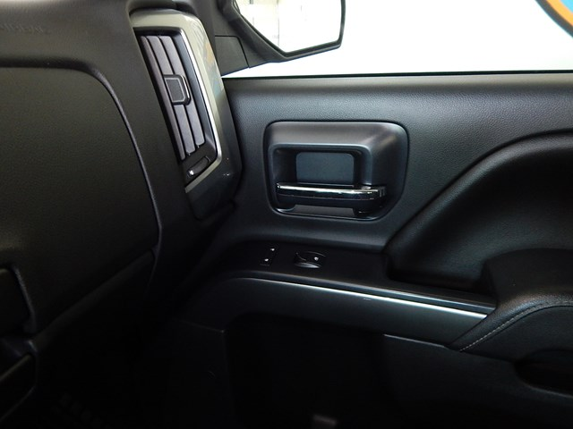 2015 Chevrolet Silverado 1500 LT Crew Cab – Stock #200040A