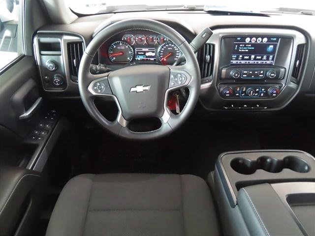 2017 Chevrolet Silverado 1500  4x4 LT Z71 Crew Cab – Stock #200240A
