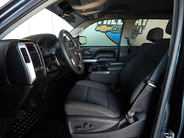 2017 Chevrolet Silverado 1500 LT Crew Cab – Stock #200385A