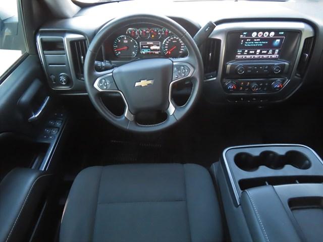 2017 Chevrolet Silverado 1500 LT Crew Cab – Stock #200526A