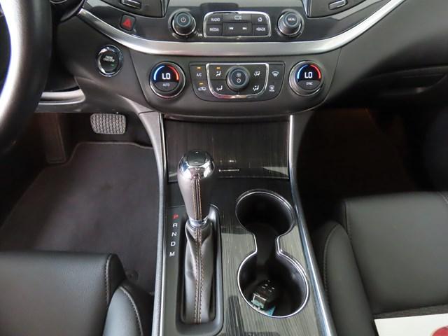 2019 Chevrolet Impala LT – Stock #P4515