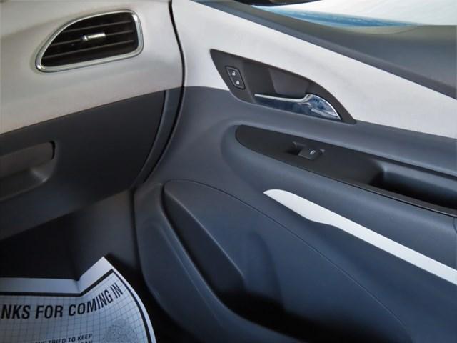 2017 Chevrolet Bolt EV LT – Stock #P4546