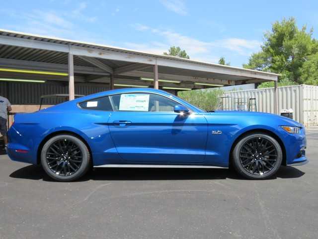 2017 ford mustang gt 170019 chapman automotive group. Black Bedroom Furniture Sets. Home Design Ideas