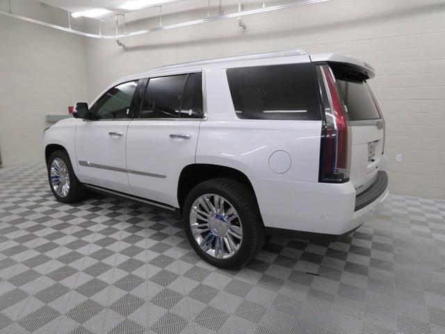 2018 Cadillac Escalade Platinum – Stock #200580A