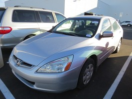 View the 2005 Honda Accord
