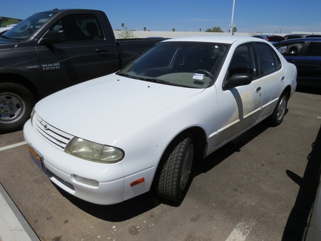 1995 Nissan Altima GXE Stock#:H1618930A