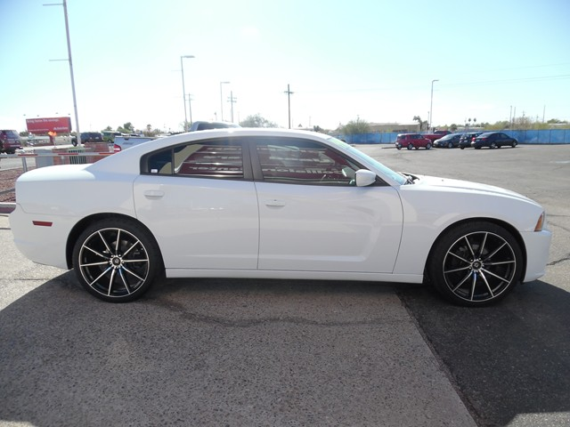used 2014 dodge charger se stock cp61400 chapman automotive group. Black Bedroom Furniture Sets. Home Design Ideas