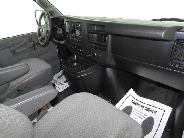2017 Chevrolet Express Passenger LT 3500 – Stock #T2078790