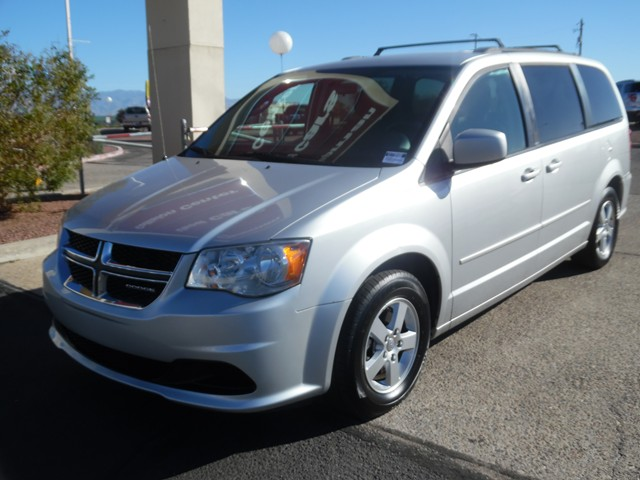 2011 Dodge Grand Caravan Mainstreet 113940 miles Cruise control 2-stage unlocking doors Anti-th