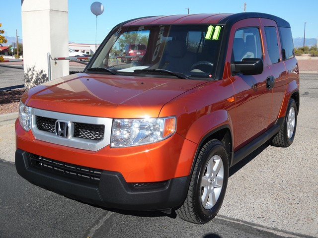 2011 Honda Element EX 78478 miles Awards  JD Power Initial Quality Study  2011 IIHS Top Safety