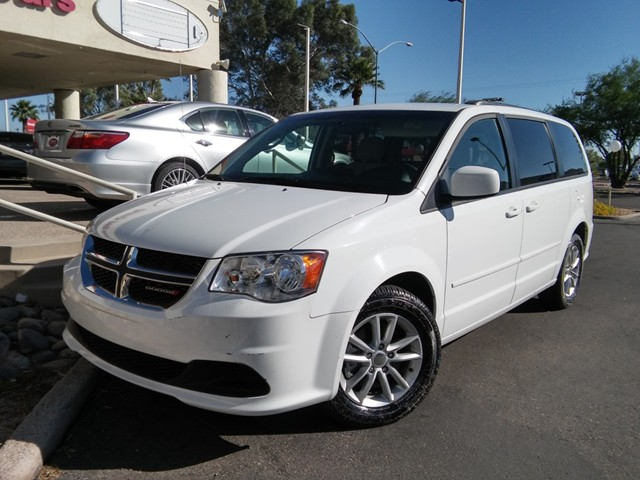 2015 Dodge Grand Caravan SXT 47008 miles Wireless data link Bluetooth Cruise control Anti-theft