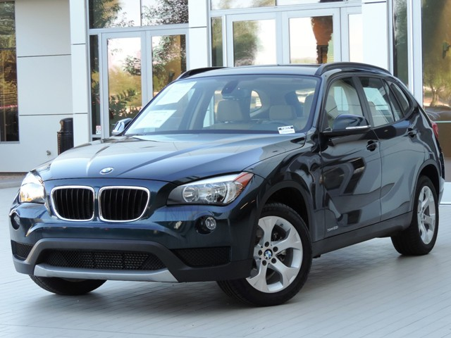 2014 bmw x1 sdrive28i stock 450692a in phoenix arizona bmw x1 chapman bmw on camelback in. Black Bedroom Furniture Sets. Home Design Ideas