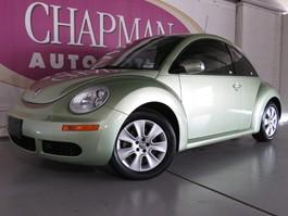 View the 2008 Volkswagen New Beetle