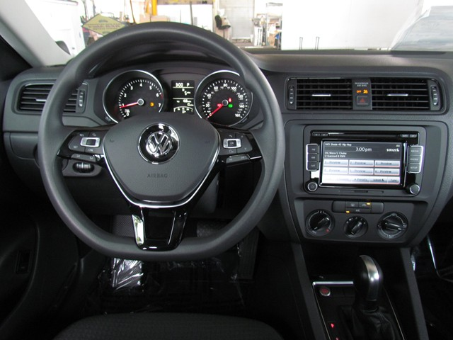 2015 volkswagen jetta sedan s technology in tucson az stock v1501350 chapman vw of tucson. Black Bedroom Furniture Sets. Home Design Ideas