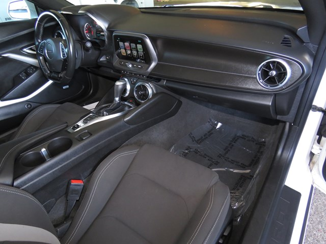 2017 Chevrolet Camaro LT – Stock #V1909610A