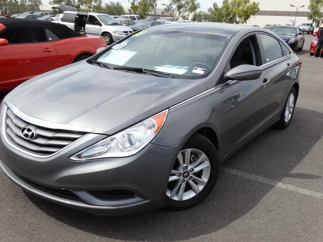 2011 Hyundai Sonata 43844 miles 4-Cyl 24 Liter ABS 4-Wheel Air Conditioning Alloy Wheels