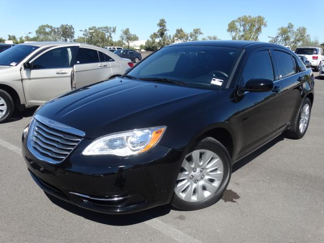 used 2014 chrysler 200 lx stock 60627 chapman. Black Bedroom Furniture Sets. Home Design Ideas