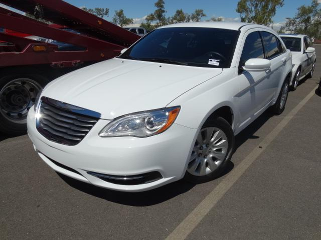 2014 Chrysler 200 36870 miles 4-Cyl 24 Liter ABS 4-Wheel Air Conditioning AMFM Stereo Au